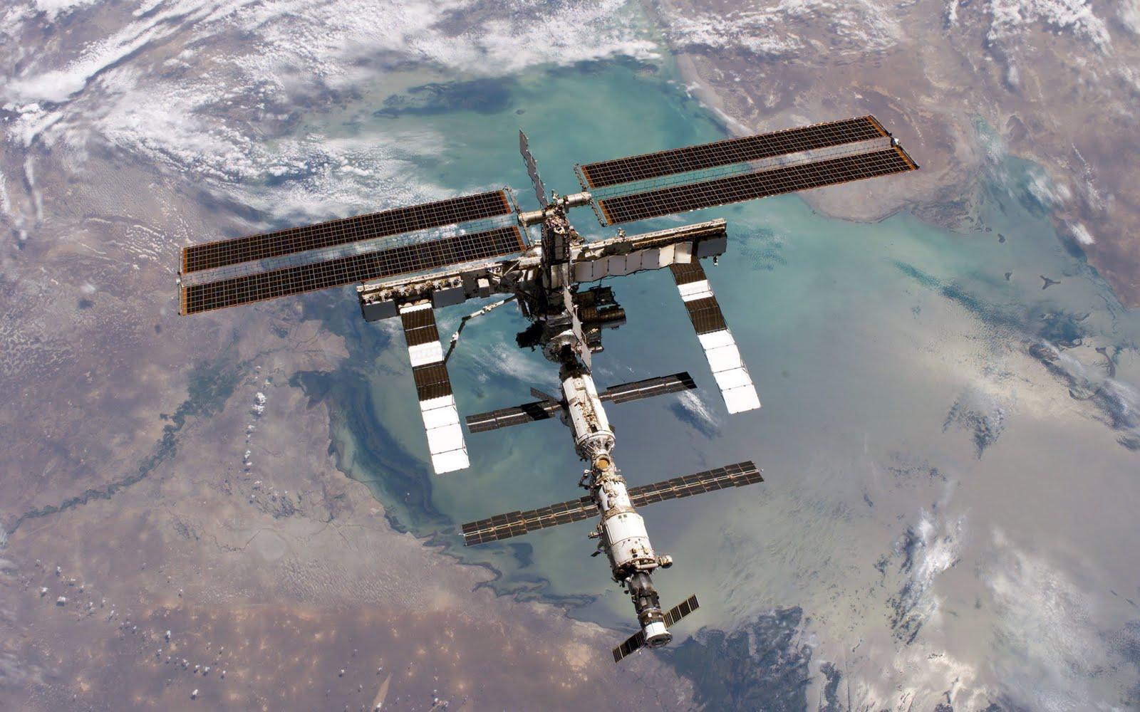 Международная космическая станция 2005 год