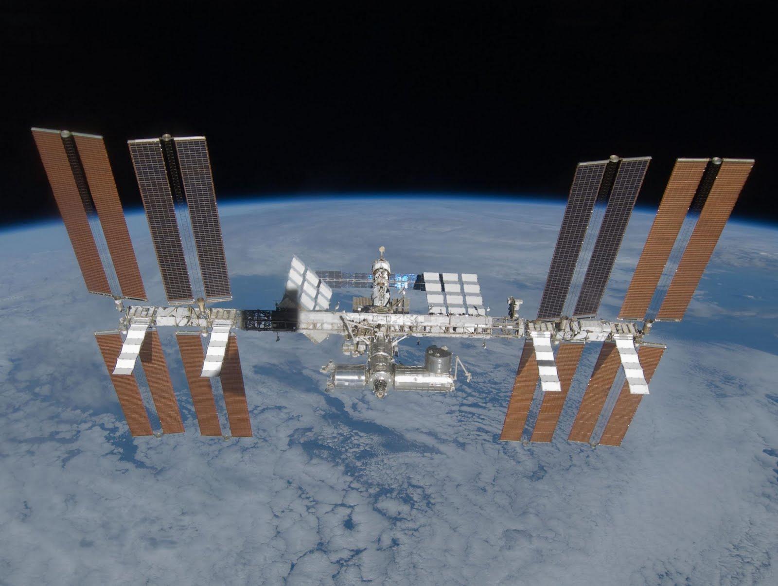 Международная космическая станция 2009 год