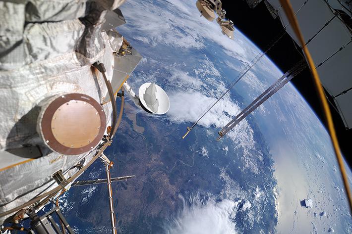 Прибытие 40-го экипажа МКС. Сближение. Первые кадры