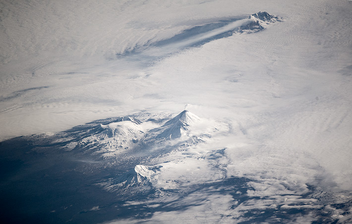 Камчатские вулканы курят трубку