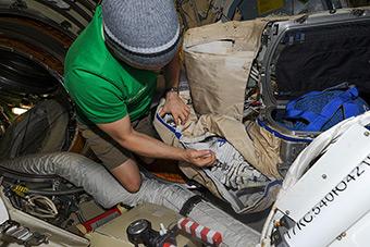 11 июня. Подготовка к Выходу в космос