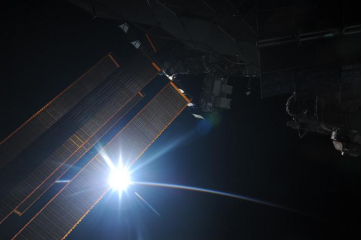 Again dawn in an orbit