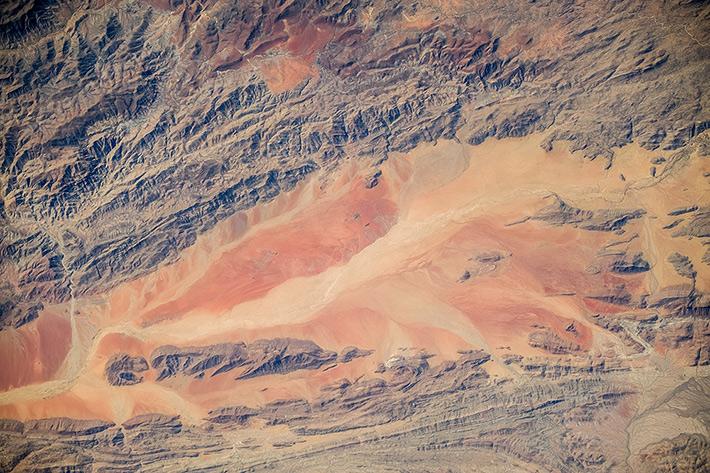 Earth Paints - Africa, Namibian Desert