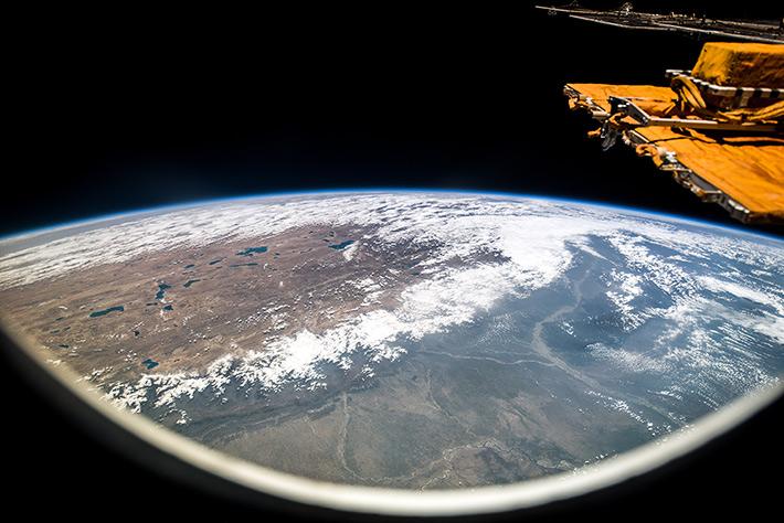 Вид на Гималаи с МКС