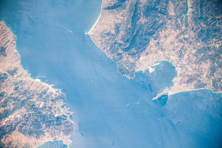 Гибралтарский пролив и Бухта Альхесирас