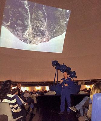 На лекции в планетарии Мадрида